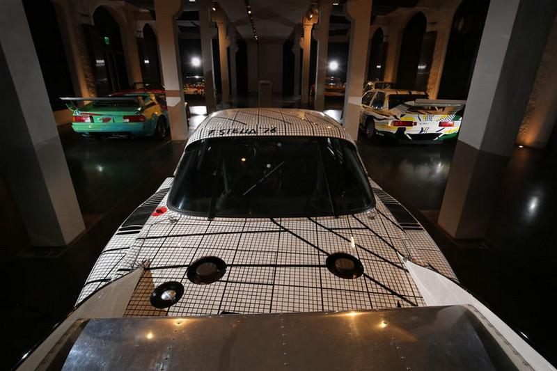 Name:  BMW-Art-Cars-Kunst-Impression-fotoshowBig-9c7c6c45-994091.jpg Views: 3749 Size:  102.6 KB