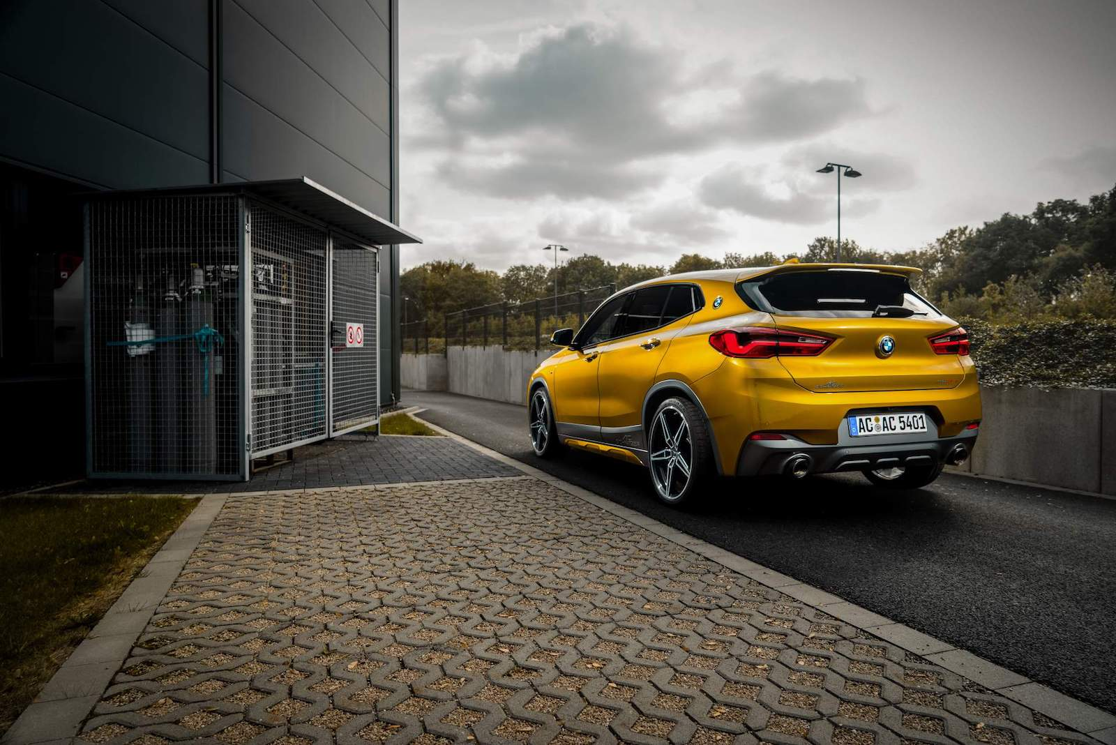 Name:  f618fae3-bmw-x2-by-ac-schnitzer-14.jpg