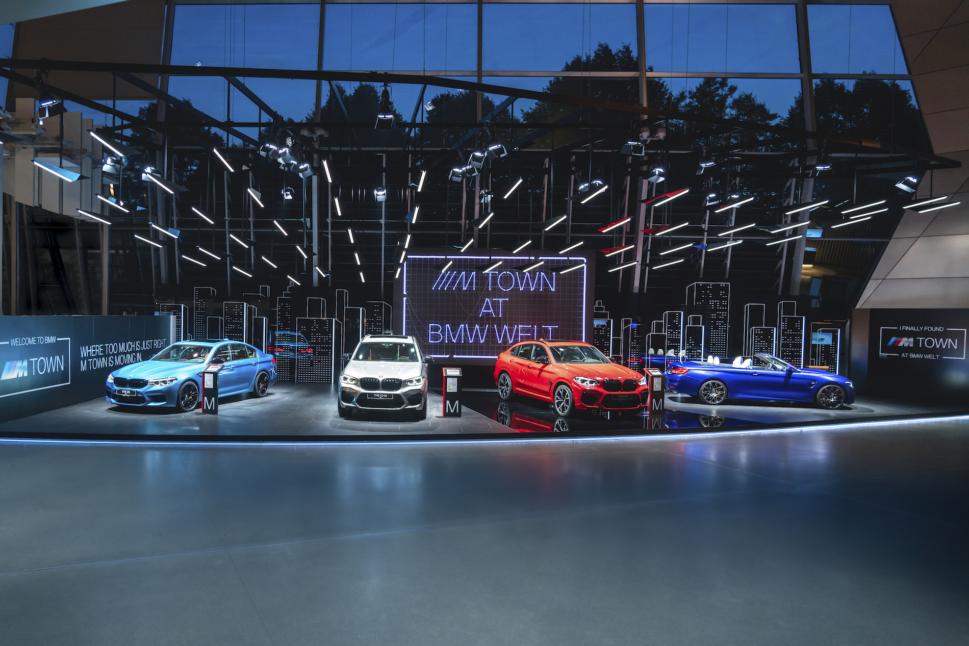 Name:  P90364059_highRes_m-town-at-bmw-welt-0.jpg Views: 4544 Size:  1.81 MB