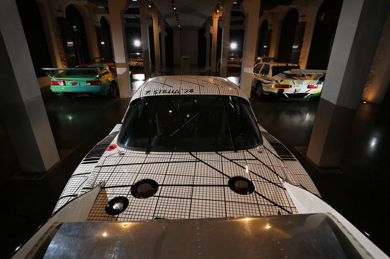 Name:  BMW-Art-Cars-Kunst-Impression-fotoshowBig-9c7c6c45-994091.jpg Views: 3539 Size:  102.6 KB