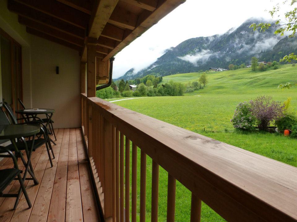 Name:  SchlossBlick Hotel near Kufstein, Austria599462_10151643354386171_1357125858_n.jpg Views: 3021 Size:  101.0 KB