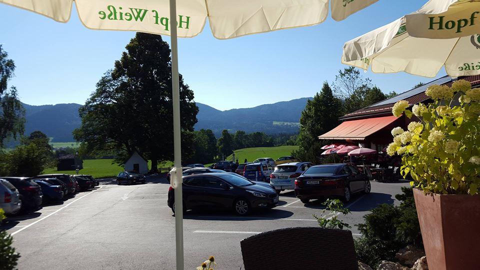Name:  Winklstüberl Cafe   49923567_7779720959410775377_n.jpg Views: 3151 Size:  94.0 KB