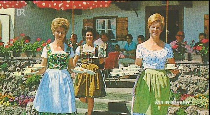 Name:  Winklstüberl 14.jpg Views: 2711 Size:  92.6 KB