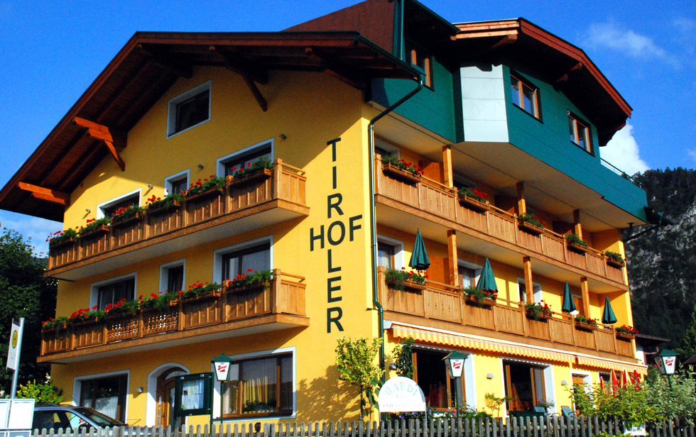 Name:  Tiroler Hof Kufstein  aussen.jpg Views: 3278 Size:  768.4 KB