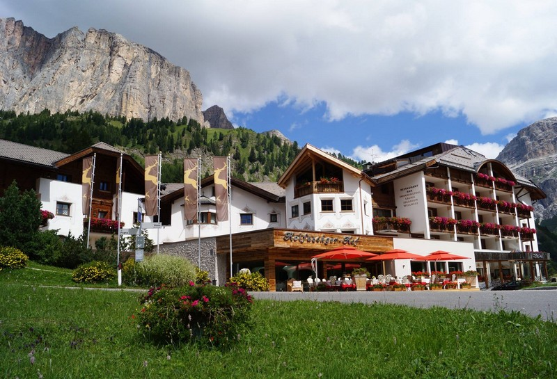 Name:  Sella  Hotel Kolfuschgerhof     10499343_704382849598048_534667051736844303_o.jpg Views: 3223 Size:  155.6 KB