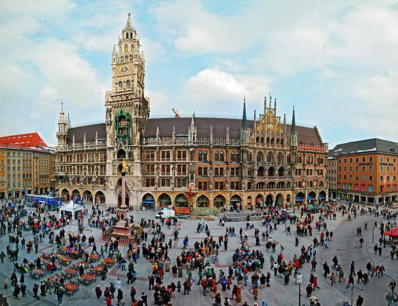Name:  Marienplatz3279647691965_569965791_n.jpg Views: 2788 Size:  125.8 KB