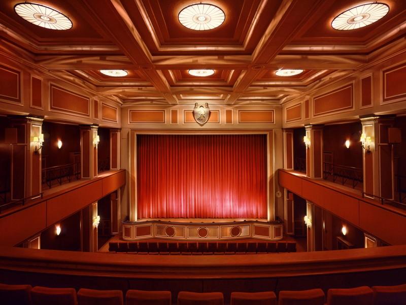 Name:  sendlinger-tor filmtheater-1.jpg Views: 2810 Size:  118.3 KB