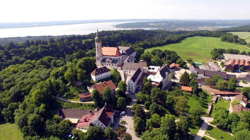 Name:  Kloster Andrechs11406952_10153334956172383_5282984285131791715_n.jpg Views: 2744 Size:  101.7 KB